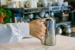 parzenie kawy w dzbanku