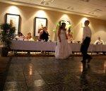 Zabawa na sali weselnej